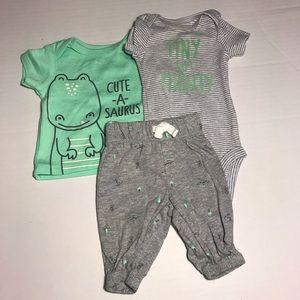 Carters green dinosaur outfit size newborn